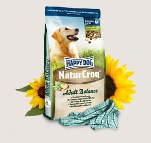 Happy Dog NaturCroq Balance - суха храна с пилешко, риба, черен дроб, говеждо, сирене, ориз, овес, пшеница, спанак, за кучета над 12 месеца, подходяща за всички породи 4 кг.