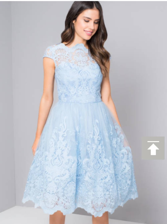 Светло синя къса рокля Chi Chi London  2